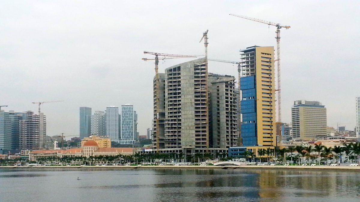 Luanda - The Concrete Jungle…
