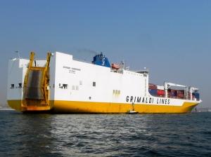 Container ship luanda harbor
